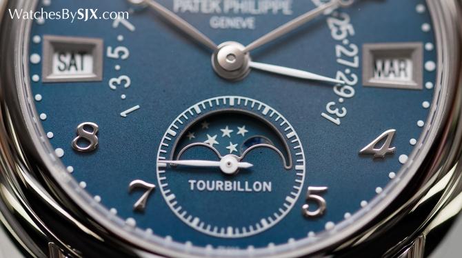 5d626c445c2ed8 В Швейцарии продали самые дорогие в мире наручные часы