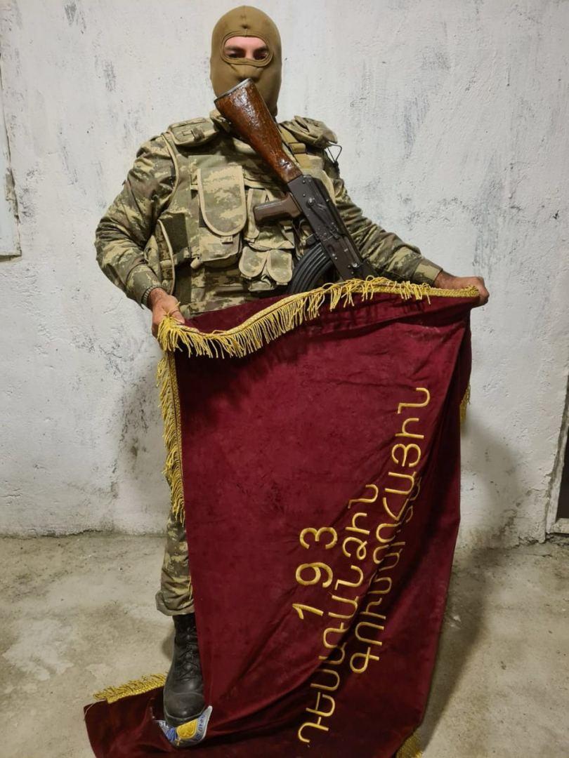 1601639692 soldier flag 021020 3