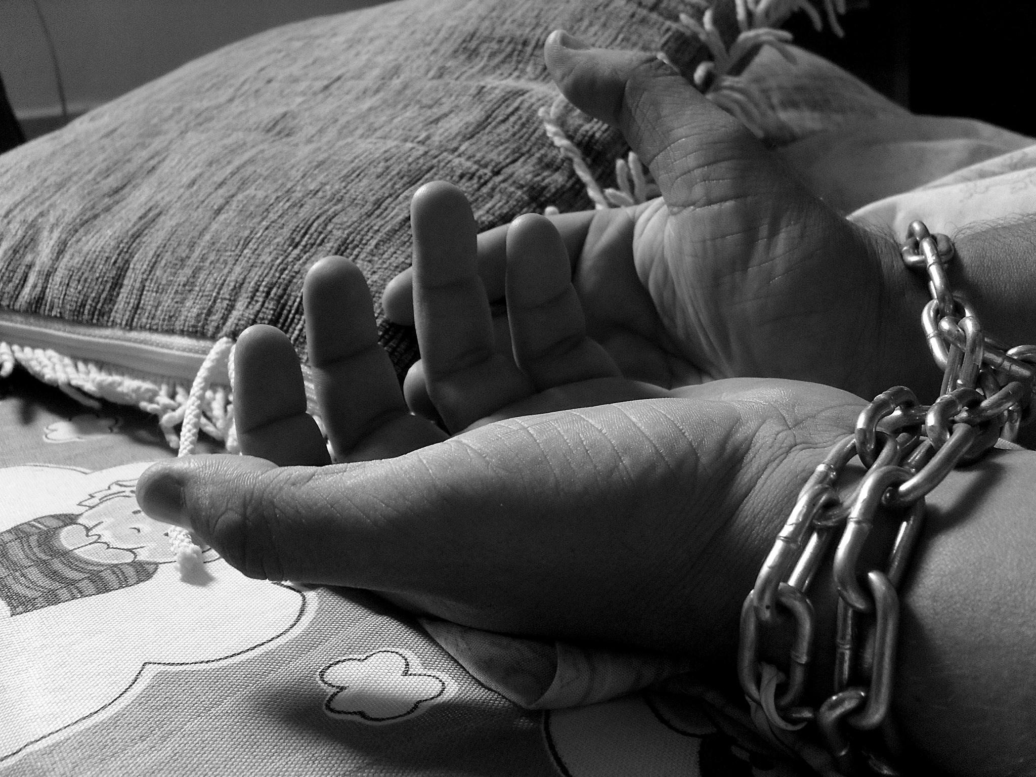 Генсек ООН заявил, что более 40 млн людей в мире живут в рабстве